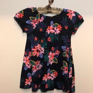 Flowered flowing shirt